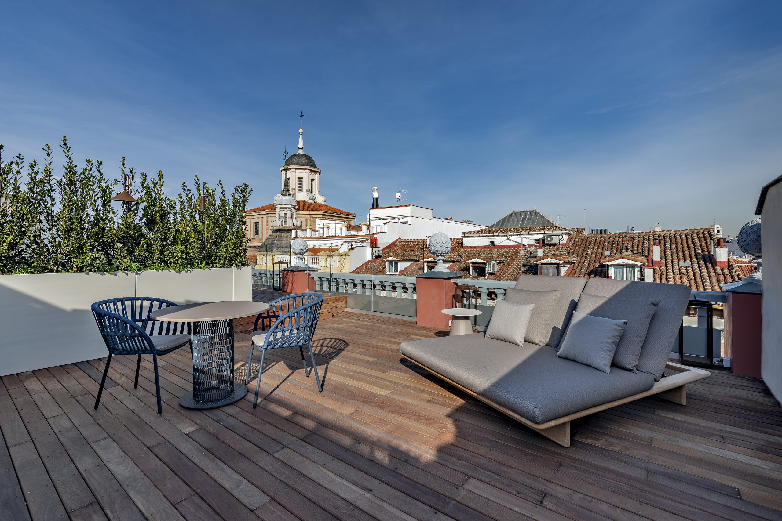 CoolRooms-Atocha_Coolsuite-private-terrace-scaled.jpg
