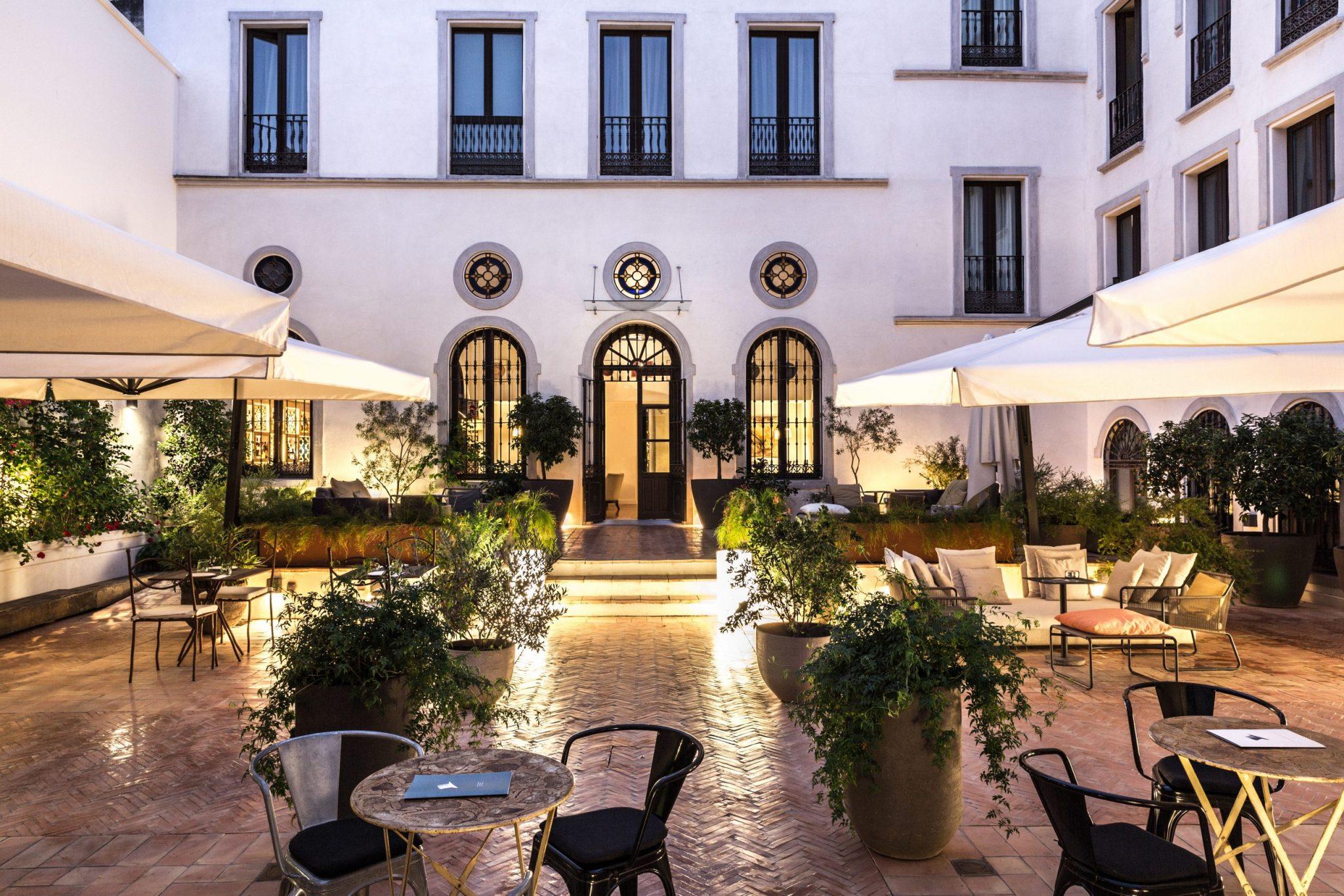 Palacio-Orange-Courtyard-1-1-scaled.jpg